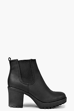 Se  Chunky Cleated Heel Chelsea Boots ved Boohoo.com