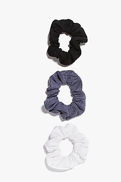 Se  3 Pack Textured Scrunchies ved Boohoo.com