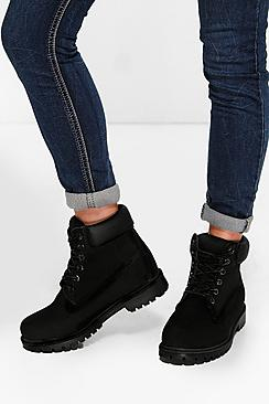 Se  Padded Cuff Chunky Hiker Boots ved Boohoo.com