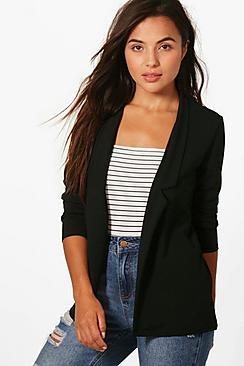 Se  Petite Notch Detail Oversized Blazer ved Boohoo.com