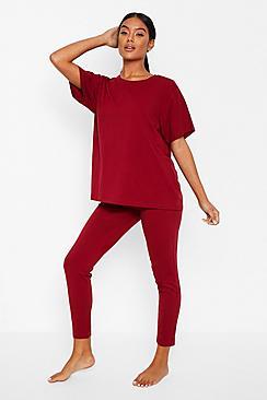 Se  Basic T-shirt and Legging Soft Jersey PJ Set ved Boohoo.com