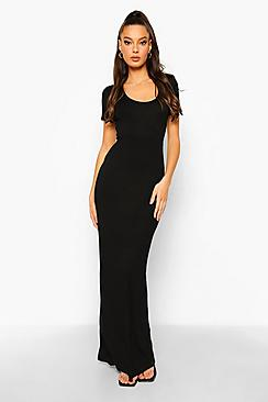 Se  Scoop Neck Short Sleeve Maxi Dress ved Boohoo.com