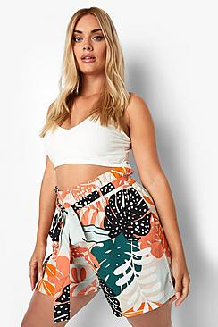 Plus Woven Tropical Woven Belted Shorts