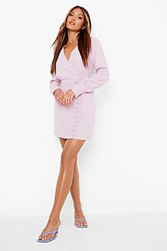 Se  Button Detail Tailored Shift Dress ved Boohoo.com
