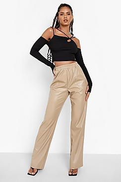 Se  Shirred Waistband Leather Look Pu Trouser ved Boohoo.com